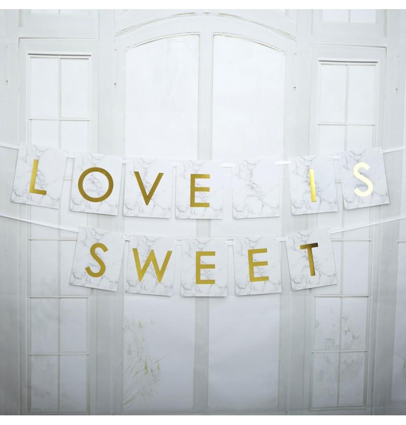 "Banderín ""Love is sweet"" dorado - Scripted Marble"