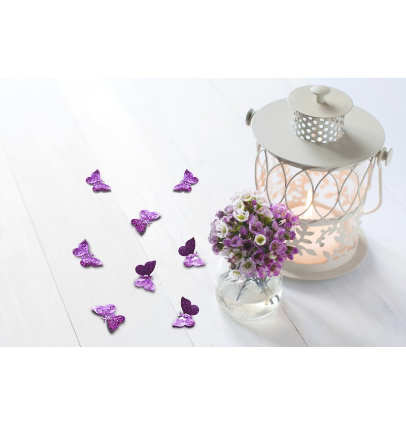 Confeti con forma de mariposa lila holográfica para mesa