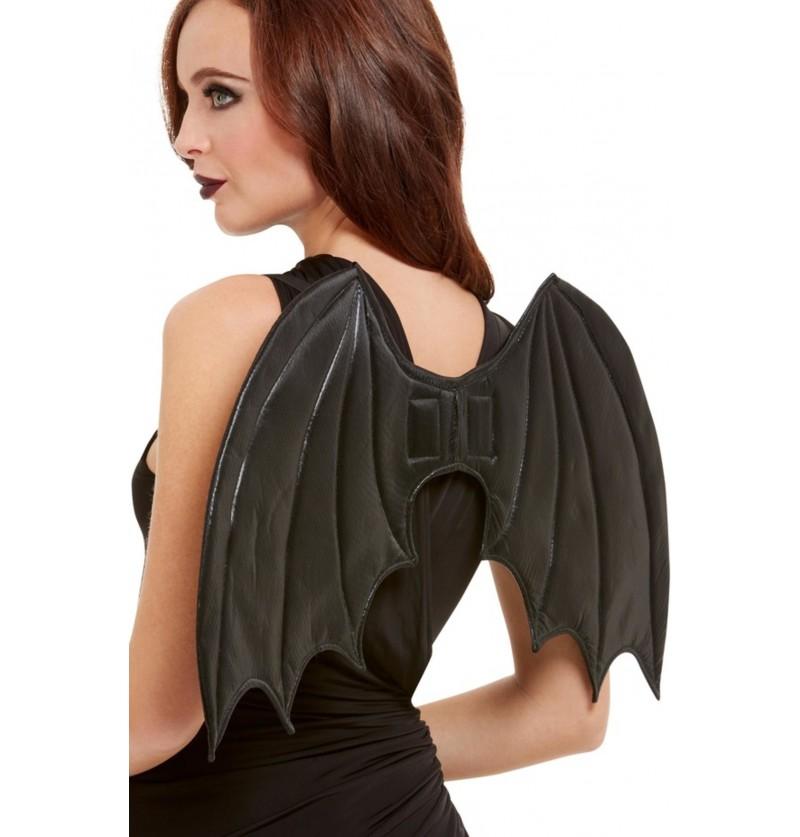 Alas de murciélago para mujer
