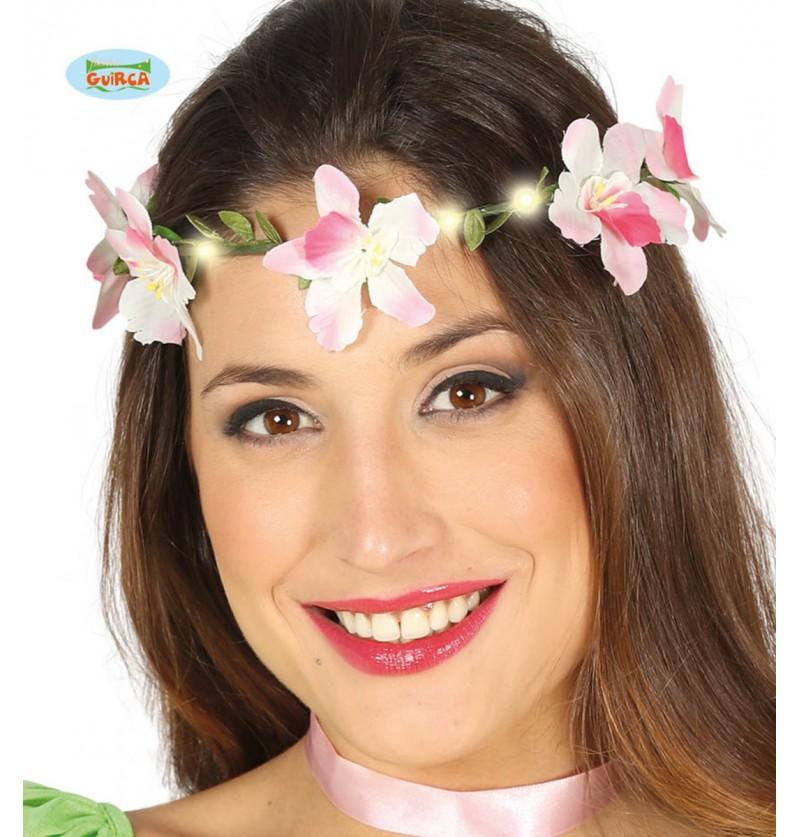 Corona de flores blancas con luz